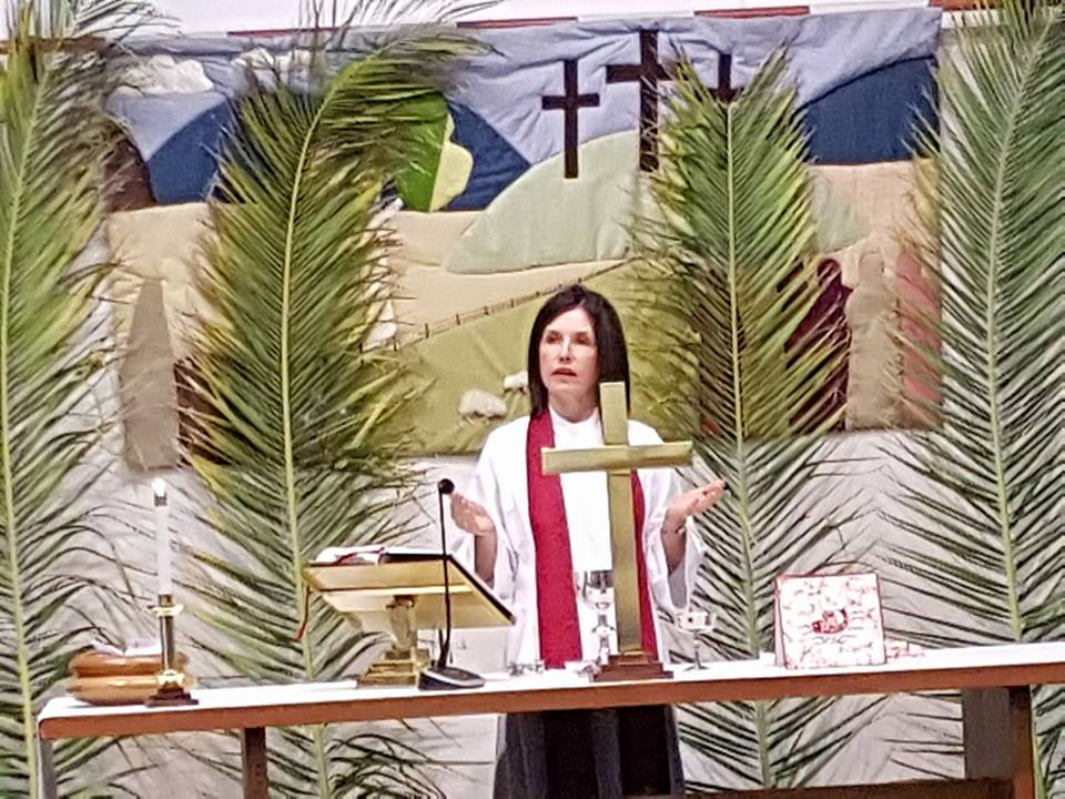 Palm Sunday 2017 Tracey at HC table
